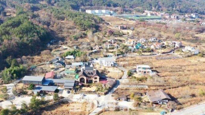 (전북일보) 새로운 시작 꿈꾸는 전북 완주예술인 마을을 가다