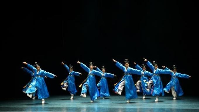 (대전일보) [커버스토리] 깊이 있는 몸짓·진한 호흡…전통 춤사위에 빠져볼까