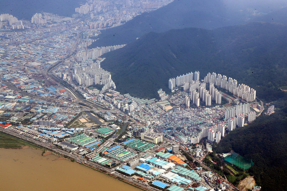 (부산일보) 부동산 불장 앞에 속절없는 부산 도시재생